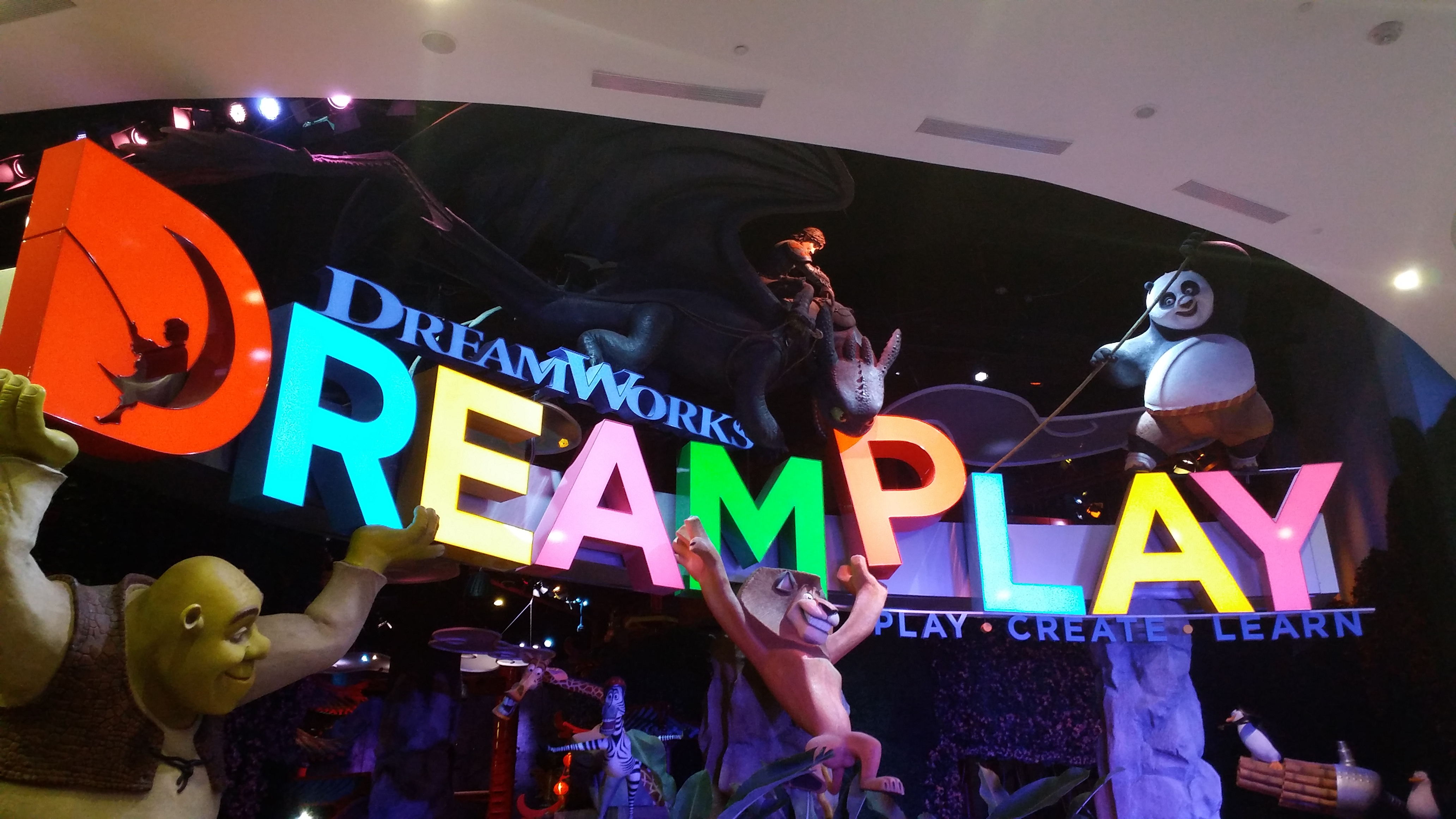 Parc d'attraction Dreamplay Dp-1