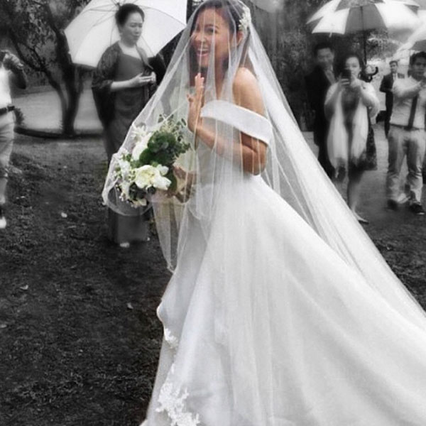 Why Do Brides Wear Garters On Their Wedding Day: Before Toni: 10 Celebrity Brides And Their Wedding Gowns